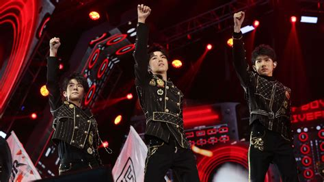 TFBoys to Men: Pop Propaganda and the Growing Pains of