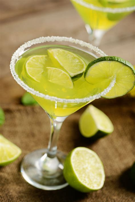 Be the Best Host in Town With These Top 10 Mixed Drink Recipes