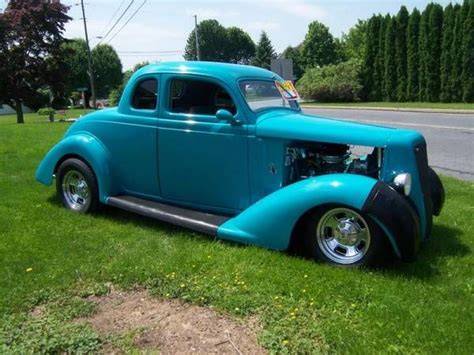 1935 Plymouth Coupe for sale - Classic car ad from